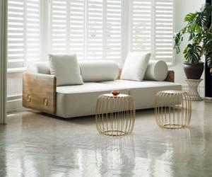 Modern-sofa-from-autoban-collection-by-de-la-espada-m