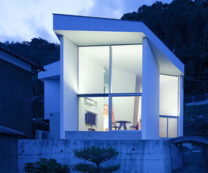 Modest-marvelous-modern-home-by-satoru-inoue-m
