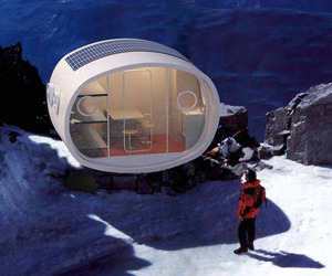 Modular-prefab-pods-designed-for-high-altitudes-m