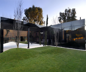 Modularing House in Madrid by A-cero Architects