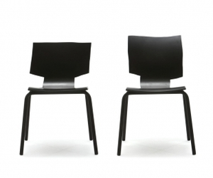 More-or-less-chair-m