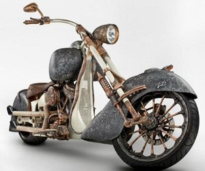 Most-expensive-motorcycle-in-the-world-by-tt-custom-choppers-m