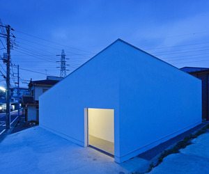 Mur-house-by-apollo-architects-associates-m