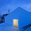 Mur-house-by-apollo-architects-associates-s
