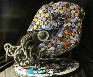Nautilus-made-from-recycled-objects-m