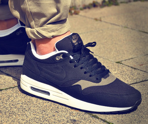 Nike-air-max-1-black-smoke-m