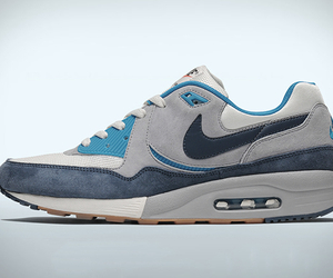 Nike-air-max-light-exclusive-easter-edition-m
