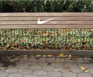 Nike-running-park-bench-marketing-campaign-m