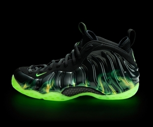 Nike-to-release-air-foamposite-one-today-m