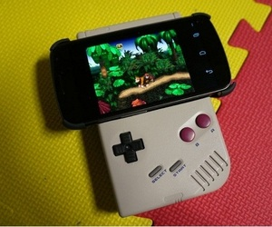 Nintendo-gameboy-converted-to-android-gamepad-m