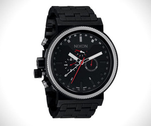 Nixon The Trader Bombproof Watch