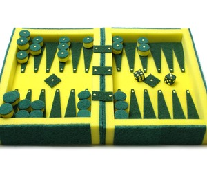 No-noise-and-all-game-makes-backgammon-a-bit-lame-m