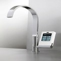 Nomos-kitchen-faucet-with-touch-screens-s