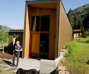 Nyt-a-shared-home-in-the-cascades-m
