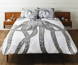Octopus-bedding-by-thomas-paul-m