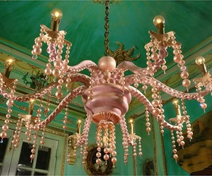 Octopus-chandelier-for-sea-house-concept-m