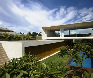 Olser House by Marcio Kogan
