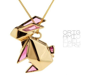 Origami-rabbit-necklace-by-origami-jewellery-m