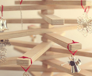 Original-and-sustainable-christmas-tree-idea-video-m