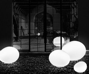 Outdoor-gregg-lighting-foscarini-m