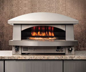 Outdoor-pizza-oven-by-kalamazoo-m