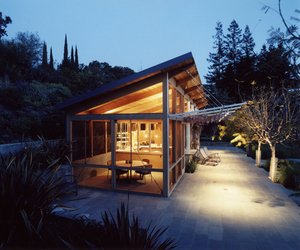 Palo Alto Pool House by Min | Day