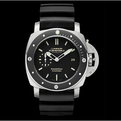 Panerai-pam-389-luminor-submersible-2-s