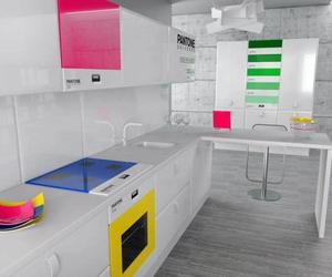 Pantone-kitchen-controlled-via-smartphone-m