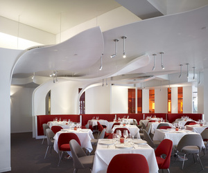 Paperfish Restaurant by Clive Wilkinson Architects