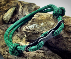 Paracord Bracelets with Bike Chain Links