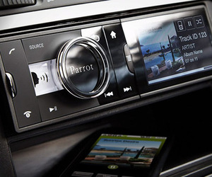 Parrot-asteroid-android-powered-car-stereo-m