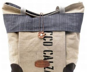 Peace4you-designs-eco-friendly-bag-from-recycled-material-m