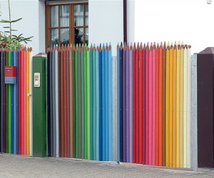 Pencil-crayon-fence-m