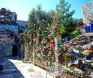 Philadelphias-magic-garden-made-out-of-recycled-materials-m