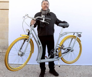 Philippe-starcks-hybrid-bike-gets-produced-m
