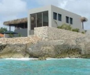 Piet-boons-kas-bonchi-on-bonaire-is-for-rent-m