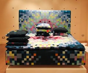 Pixelated bed: You'll love to be distracted!