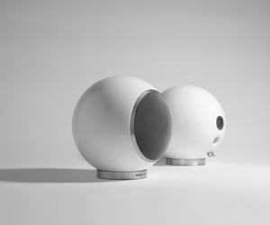 Planet-l-speaker-m