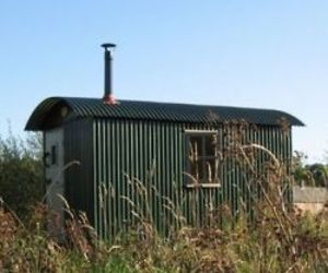Plankbridge-shepherds-huts-601-m