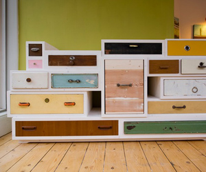Plenty-of-drawers-m