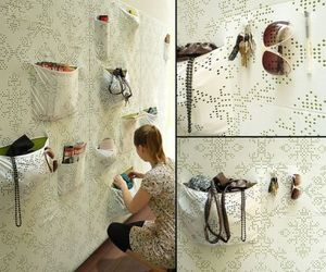 Pocket-wall-holds-my-stuff-smartly-m