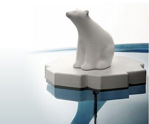 Polar-bear-drain-stopper-m