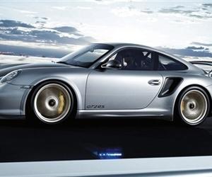 Porsche-911-gt2-rs-m