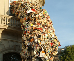 Pouring-book-installation-by-alicia-martin-m