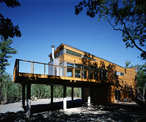 Prefab-mountain-retreat-by-resolution-4-architecture-m