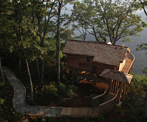 Primlands-new-tree-house-retreat-m