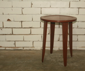 Prop-side-table-m