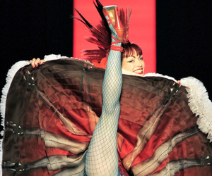 Punks-meets-cancan-in-gaultiers-2011-haute-couture-m