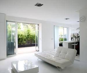 Pure-white-loft-with-terrace-in-south-paris-m