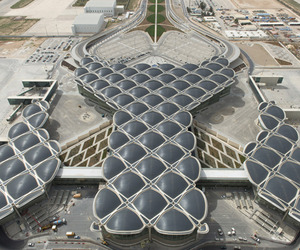 Queen-alia-international-airport-by-foster-partners-m
